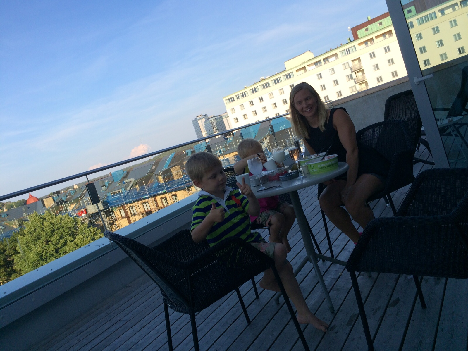 middag internet brudar litet bröst i Göteborg